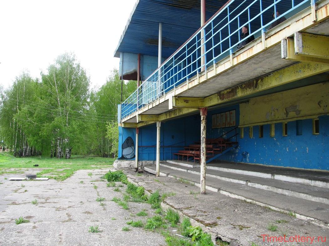 ипподром Нижнего Новгорода, трибуны, 1-й и 2-й этаж