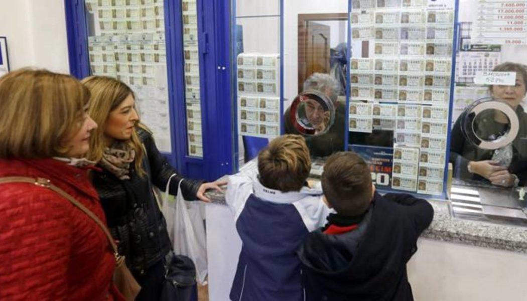 продажа билетов Рождественской лотереи, Испания