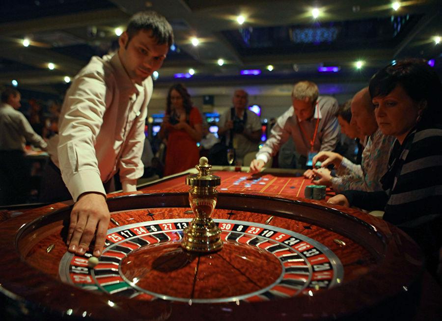 Зал для игры в рулетку в развлекательном комплексе «Оракул» игорной зоны «Азов-Сити»
