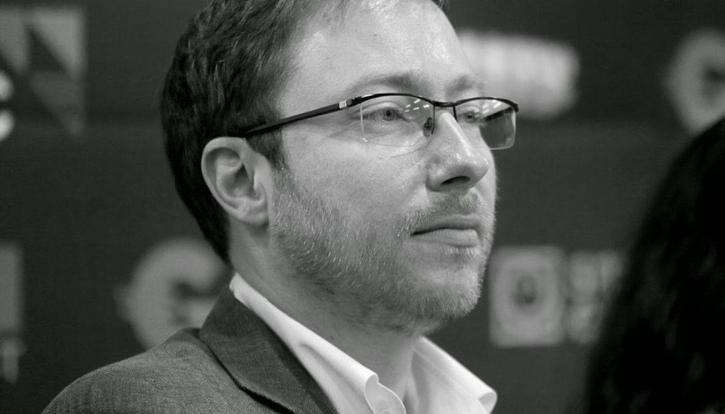 Леонид Обозный отвечает на вопросы об игровом сайте