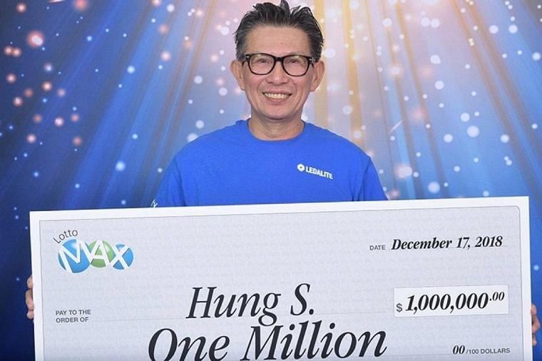 Хунг Сенгсуванху с чеком на миллион