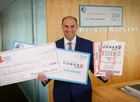 Адвокат, получивший лотерейных выигрышей на $2,5 млрд