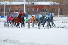 Первые бега по зимней дорожке