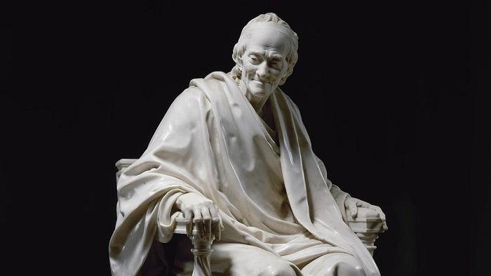 """Статуя """"Вольтер, сидящий в кресле"""""""