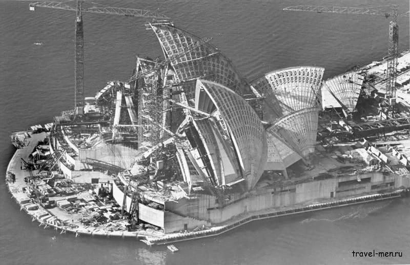 Сиднейский оперный театр в процессе строительства